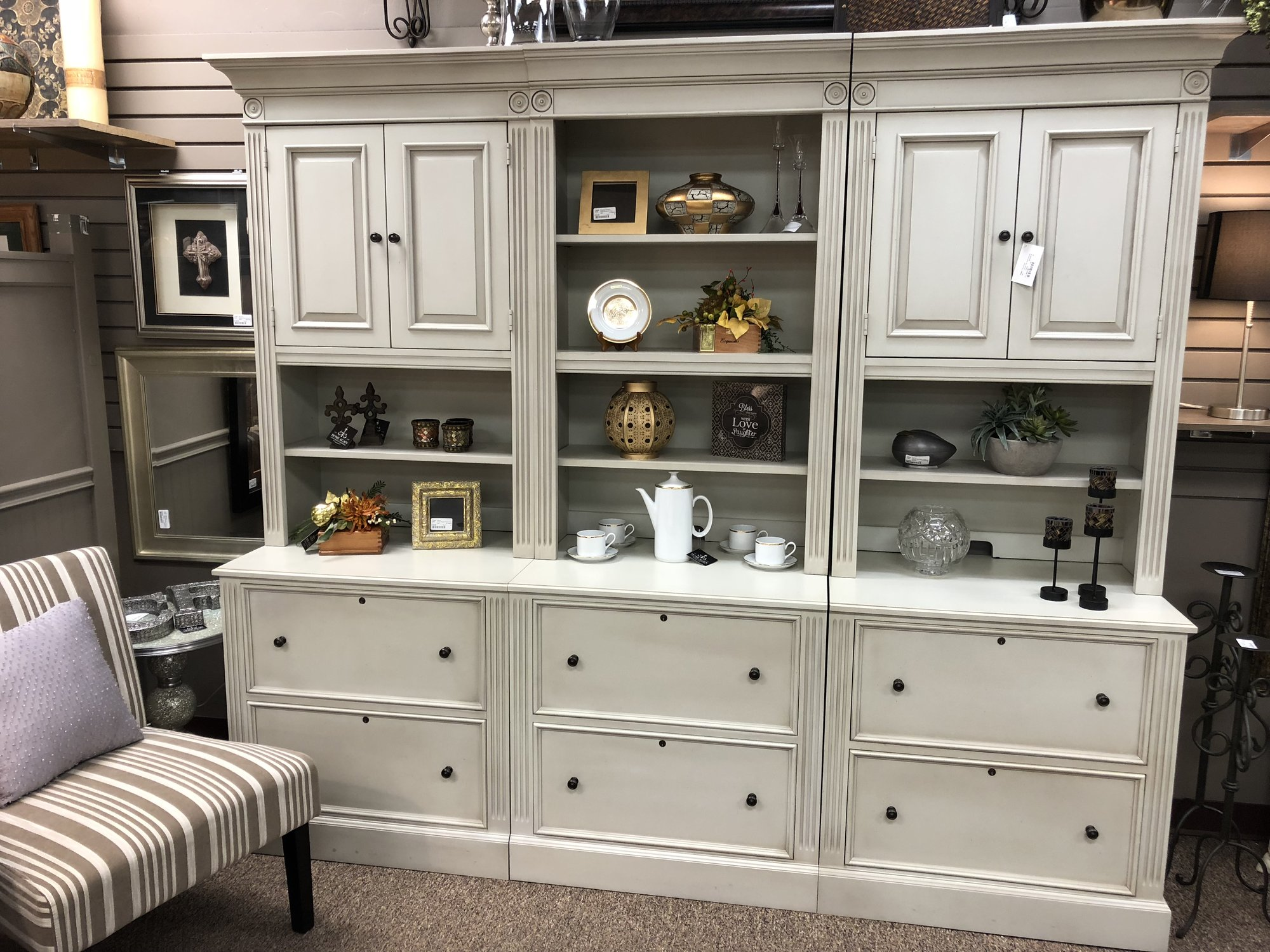 Amazing large full wall cabinet that would be great for a familiy room, den or office!