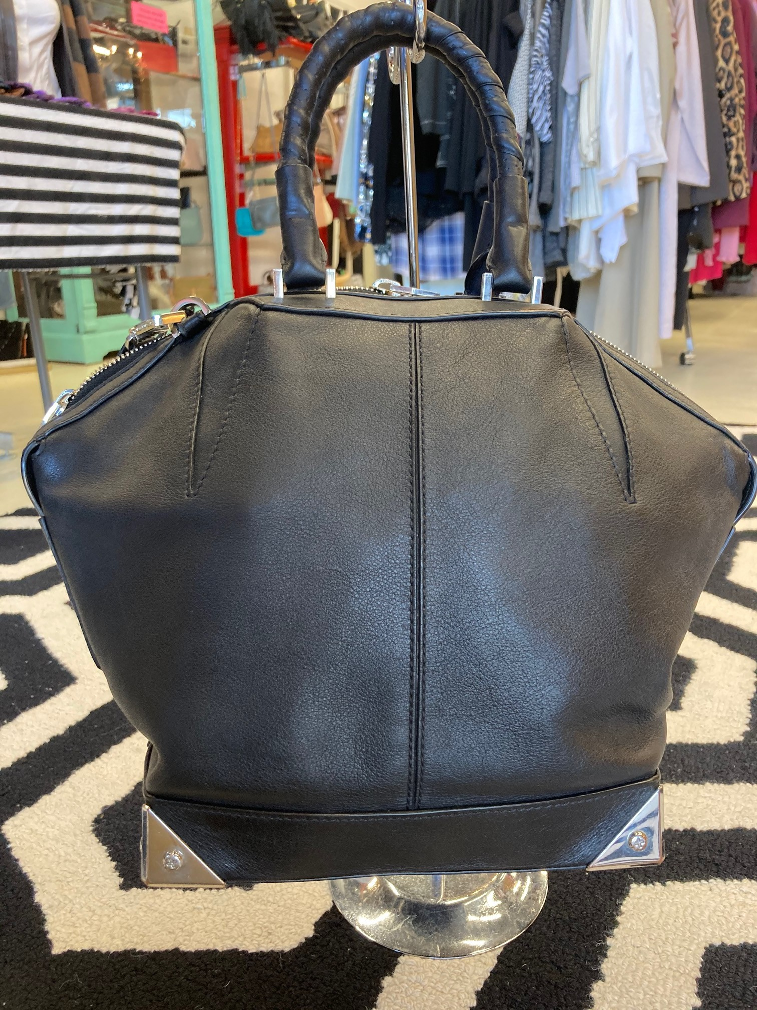 Alexander Wang Purse: Carries as a shoulder or handbag.  Minor scratches around silver bottom corners, but otherwise in great condition.