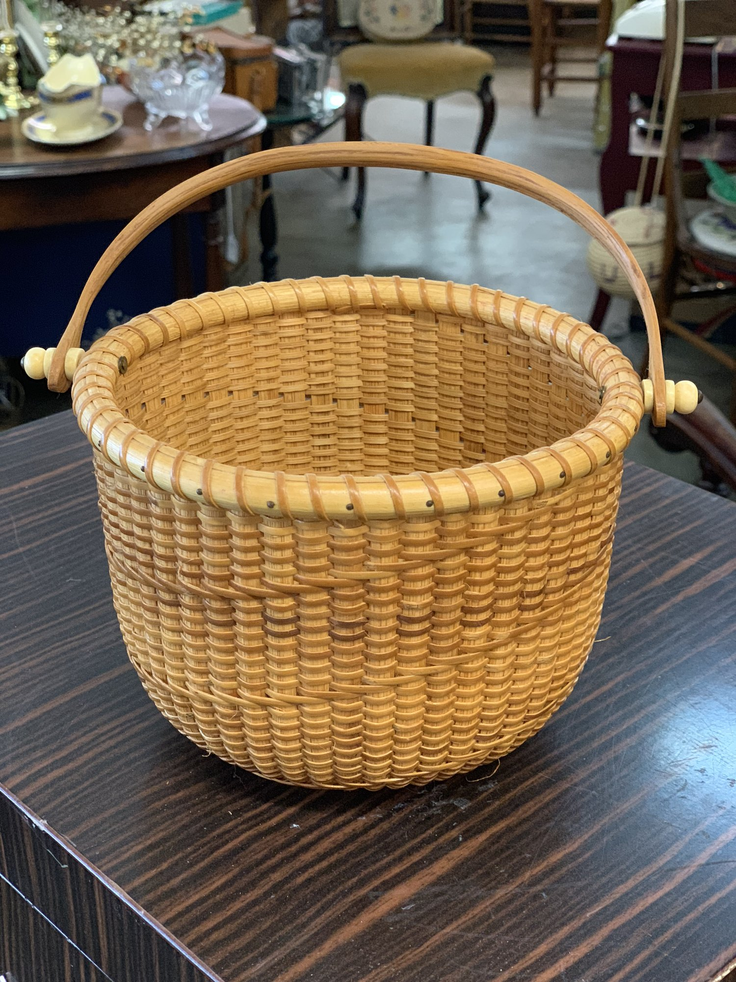 Shaker Style Basket.... Small, tight Weave with a wooden bottom and hardy construction. Great condition