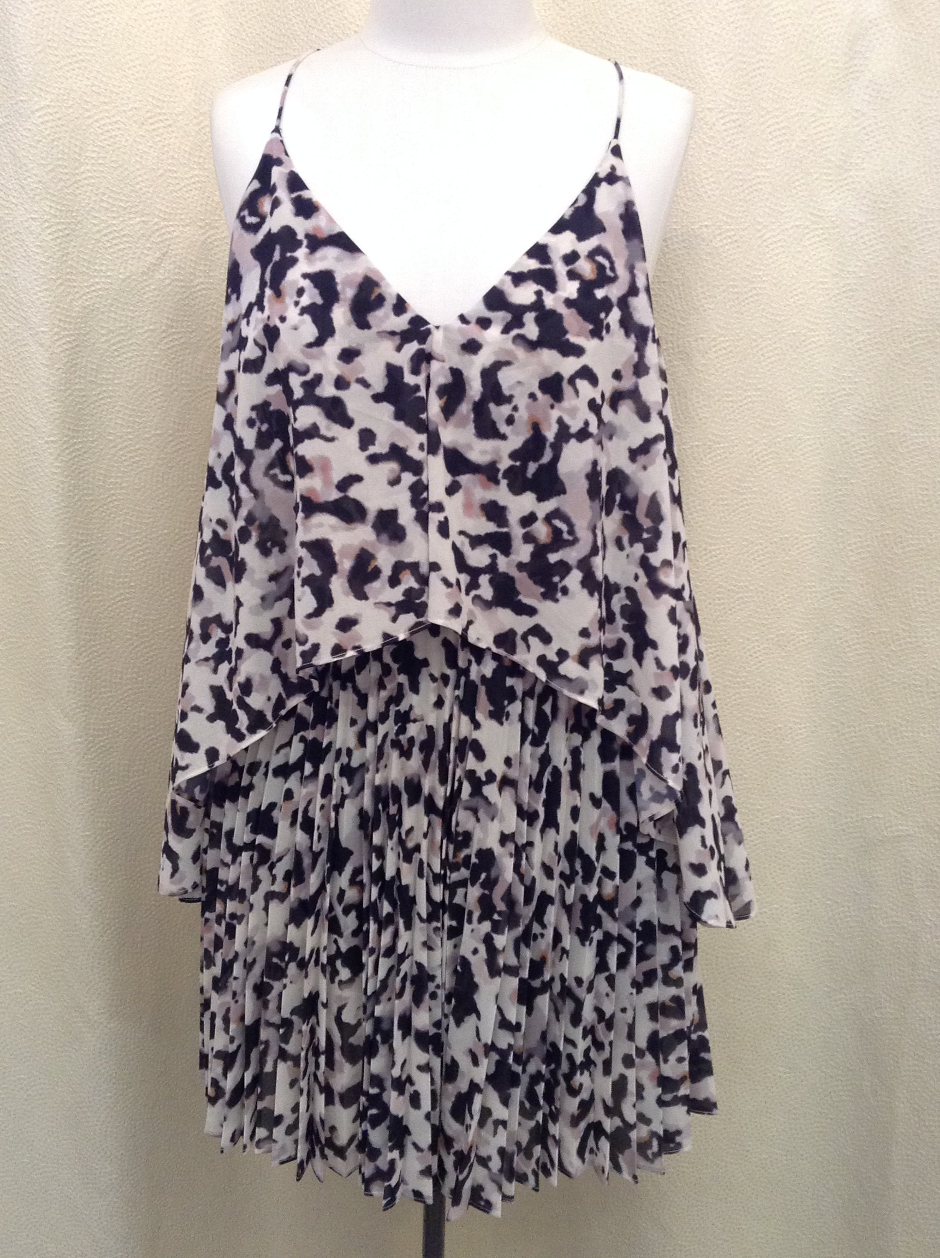 CAMILLA &amp; MARC<br /> Blured Animal Print Dress<br /> Cream, pink and black<br /> Size: S/m