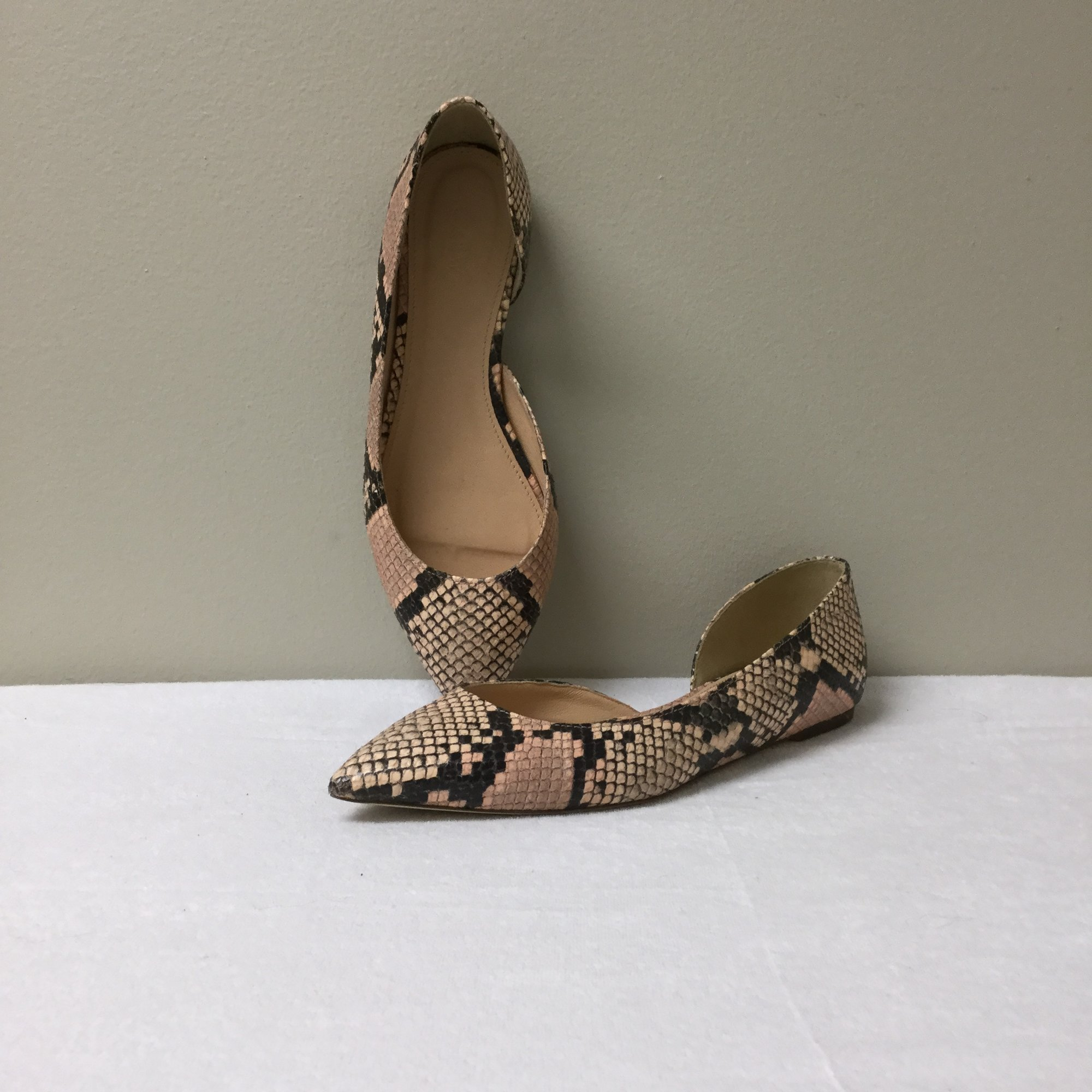 JCrew Snake Pointed Flat<br /> Size 8.5<br /> Nude/Black<br /> $63.00