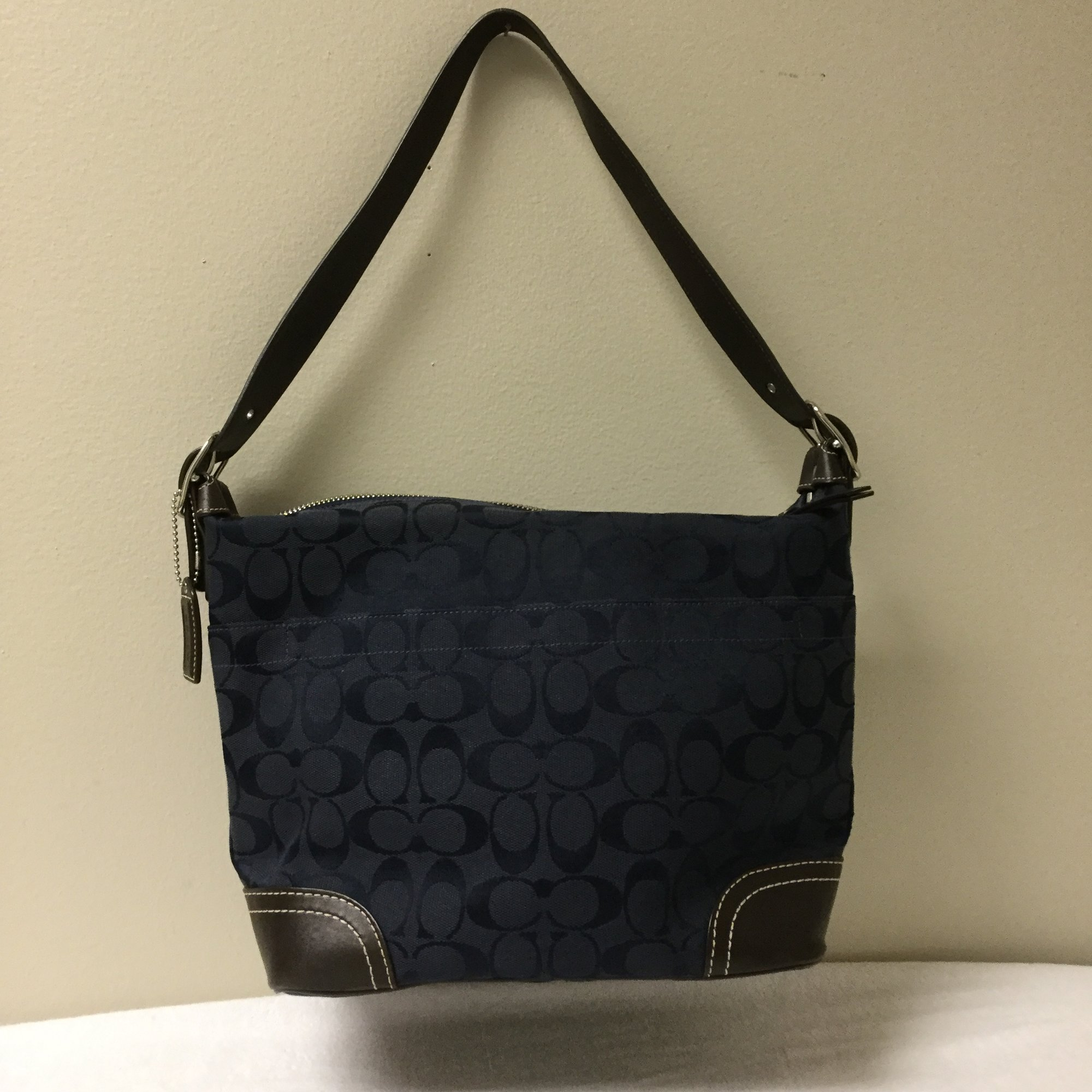 Coach One Handle Logo<br /> Size M<br /> Navy/Brown<br /> $53.00