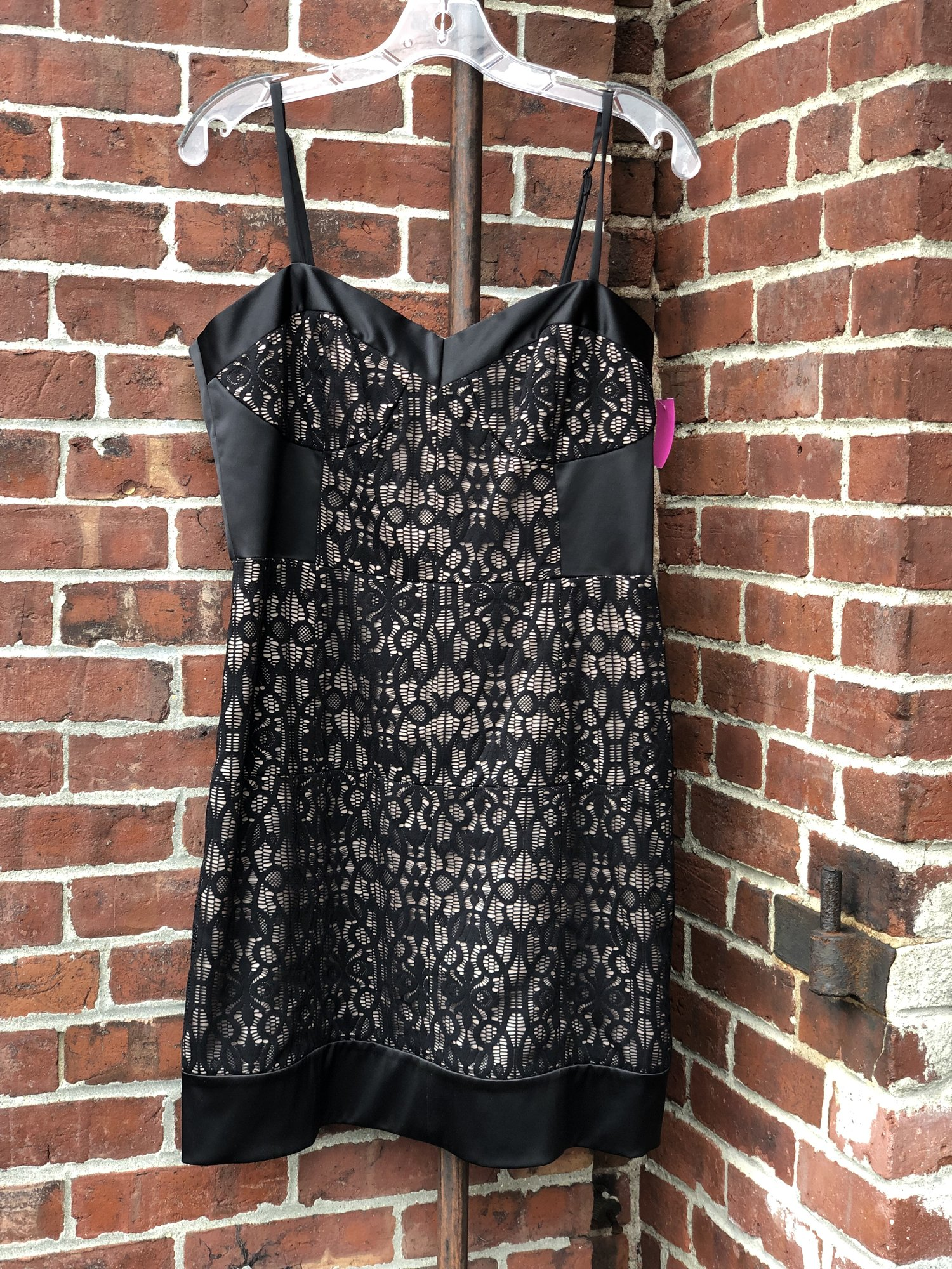 Laundry, Blk Lace, Size: 12<br /> Retails at $178
