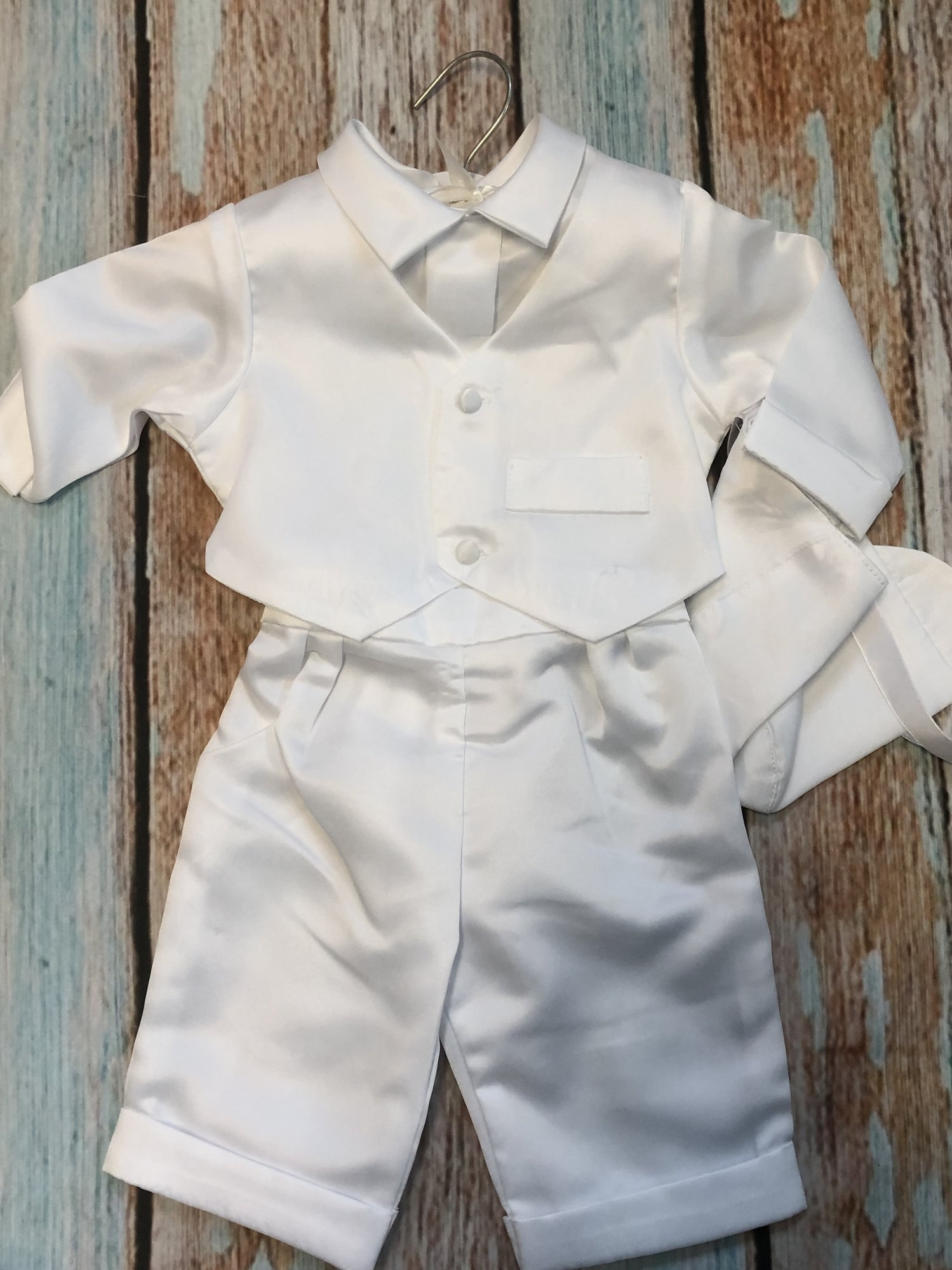 NEW Children's House Christening outfit with hat. This outfit is 3 pieces with the top and bottoms attaching with buttons along with a matching hat.