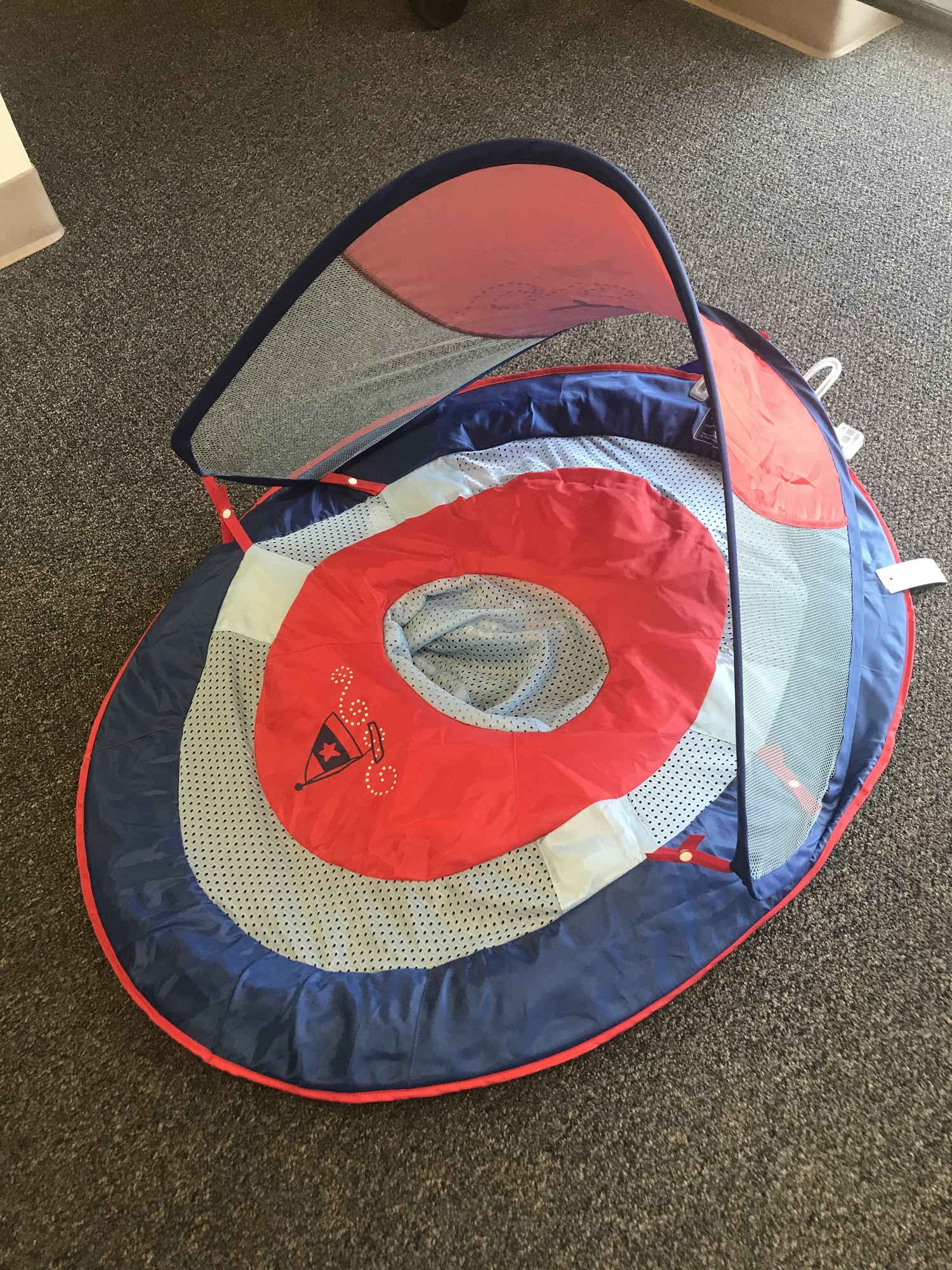 Infant inflatable floatation ring w/canopy, in excellent condition,