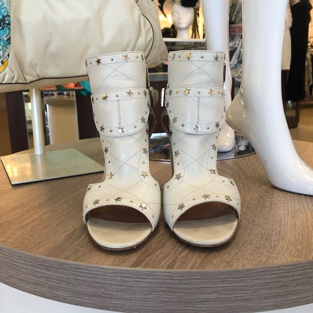 Laurence Decade star booties, buckle sides<br /> size 9