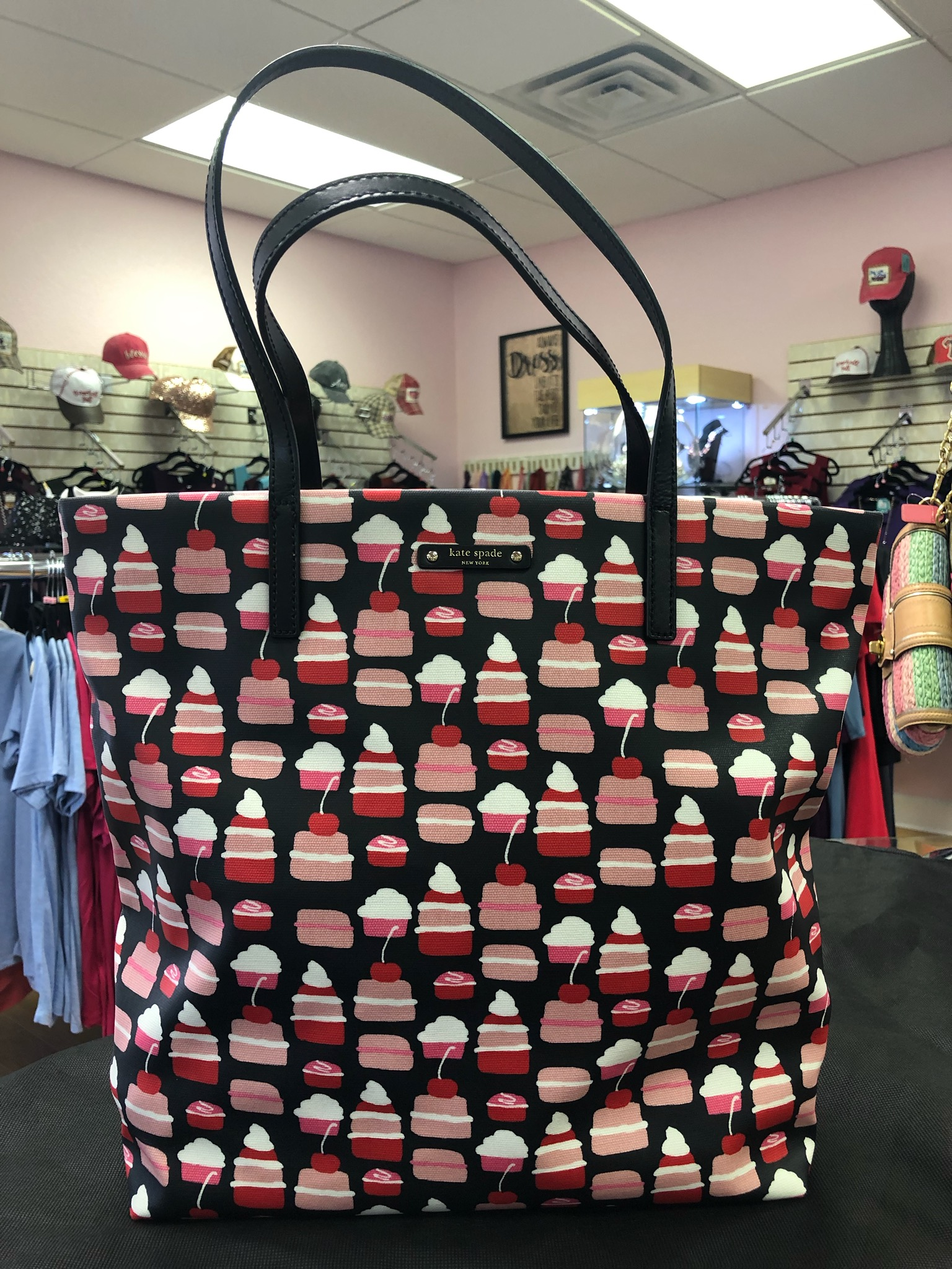 KATE SPADE, Cupcakes, Size: NEW