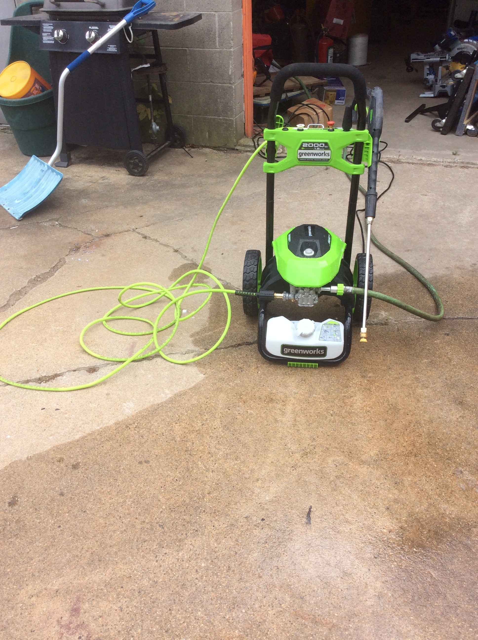 Greenworks 2000 PSI Electric Pressure Washer<br /> <br /> *TESTED