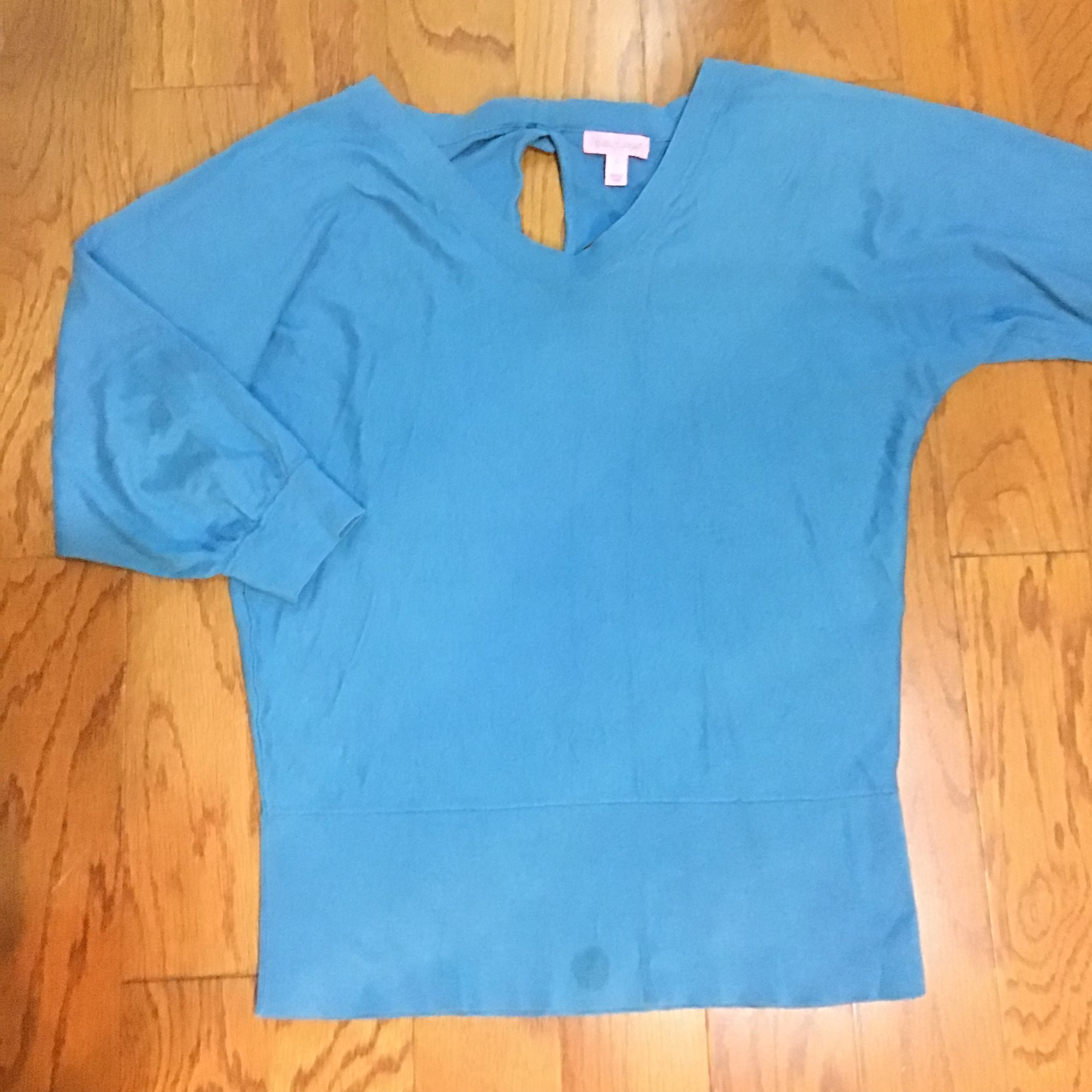 Lilly Pulitzer Sweater, Blue, Size: Large<br /> <br /> <br /> ALL ONLINE SALES ARE FINAL. NO RETURNS OR EXCHANGES.