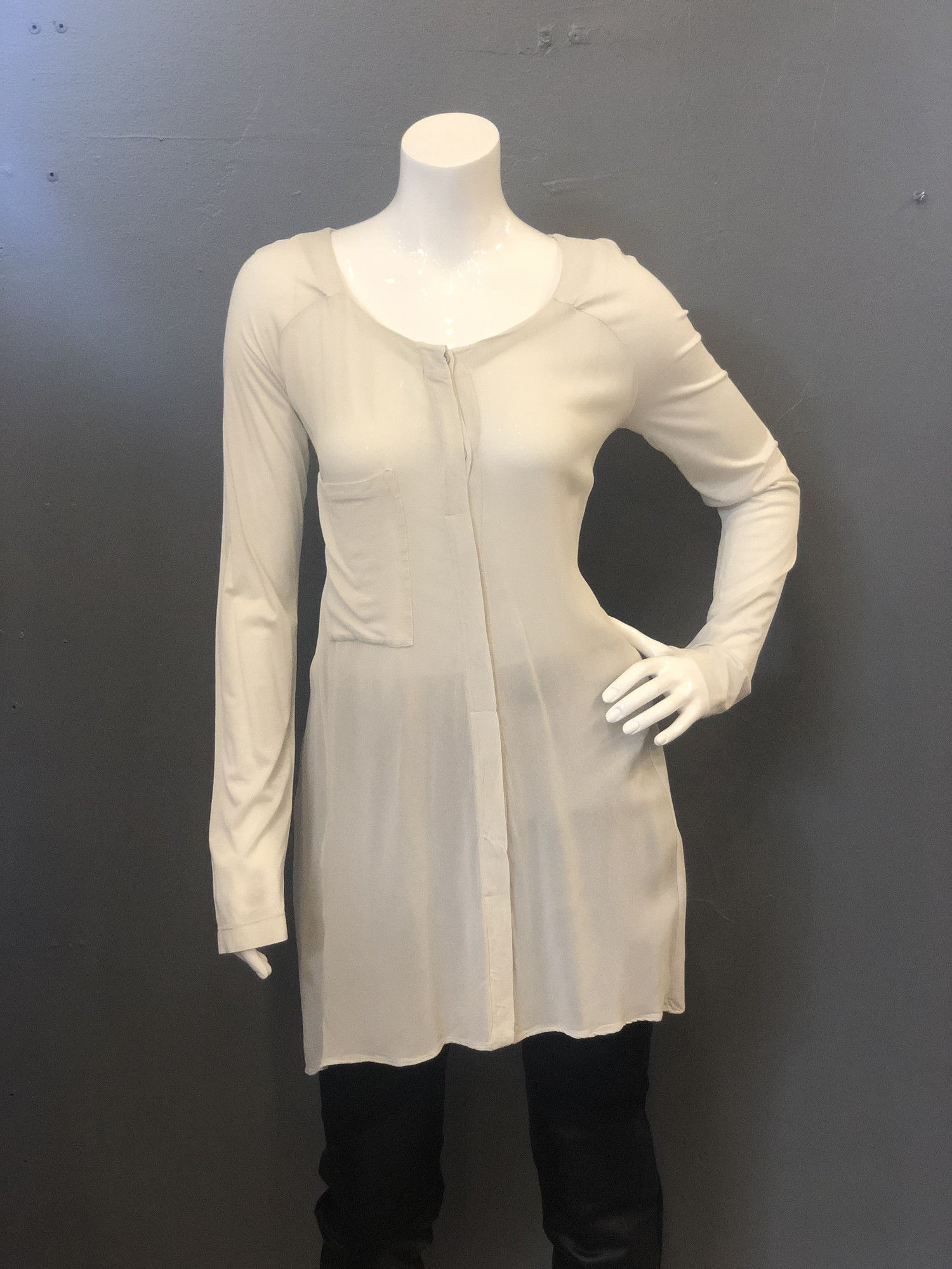 TransitParSuch Crepe 1Pck, Grey, Size: 3<br /> <br /> 92% Viscose, 8% Elastane<br /> <br /> New WIth Tag<br /> Original Retail: $374