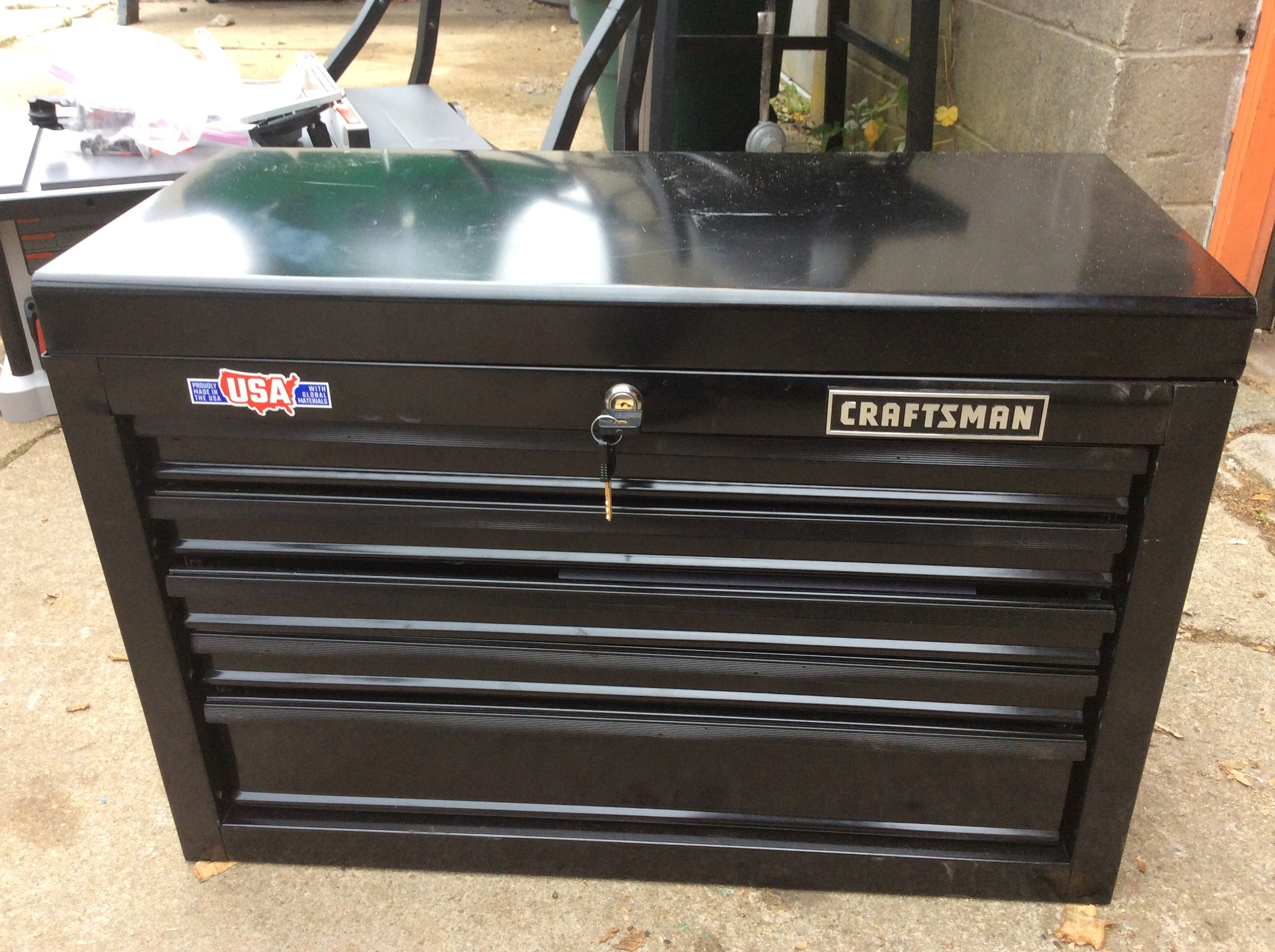 CRAFTSMAN 1000 Series Black 26-in W x 17.25-in H 5-Drawer Ball-Bearing Steel Tool Chest, with Keys