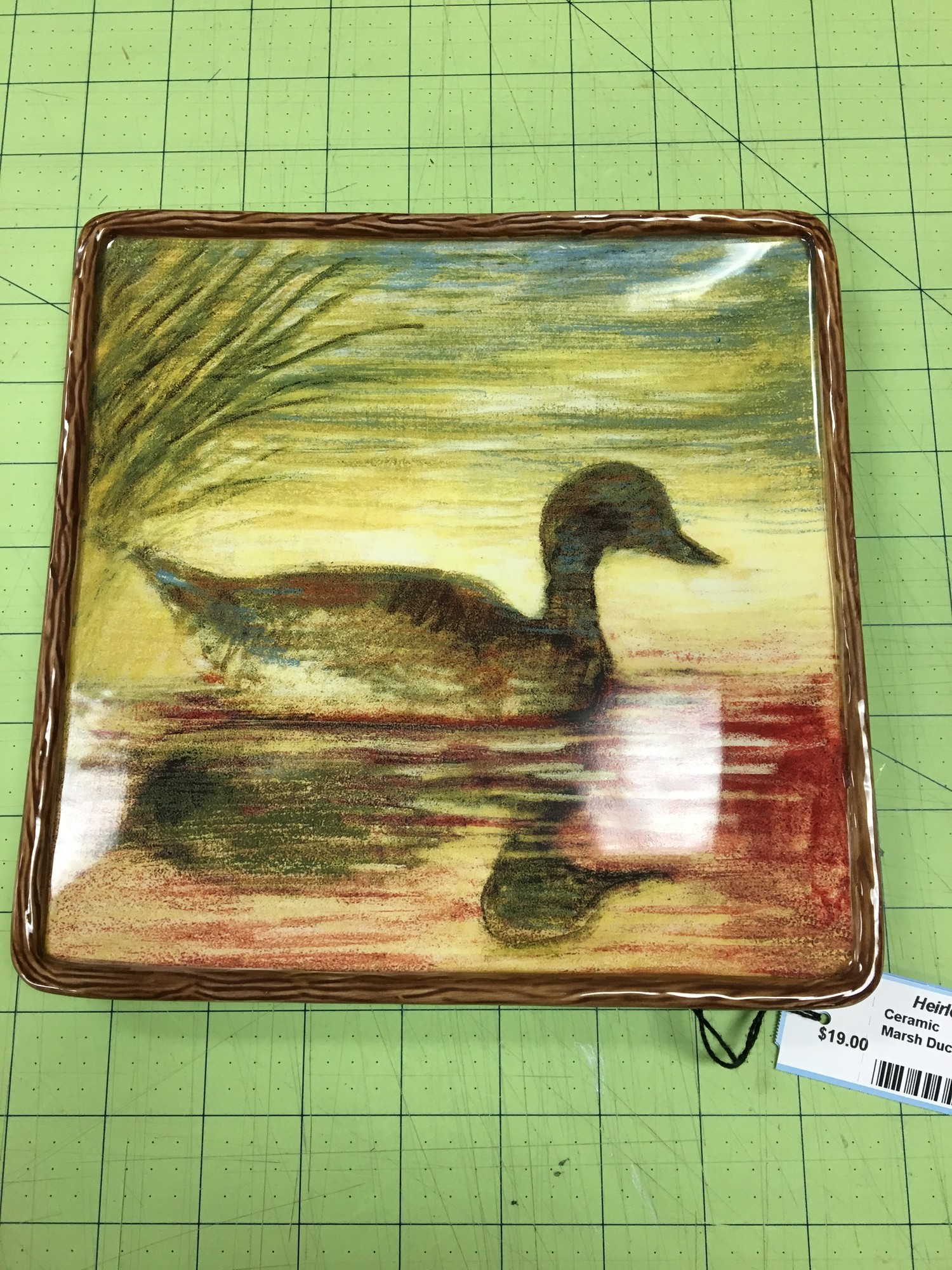 Marsh Duck On Plate, Autumn, Size: 8x8