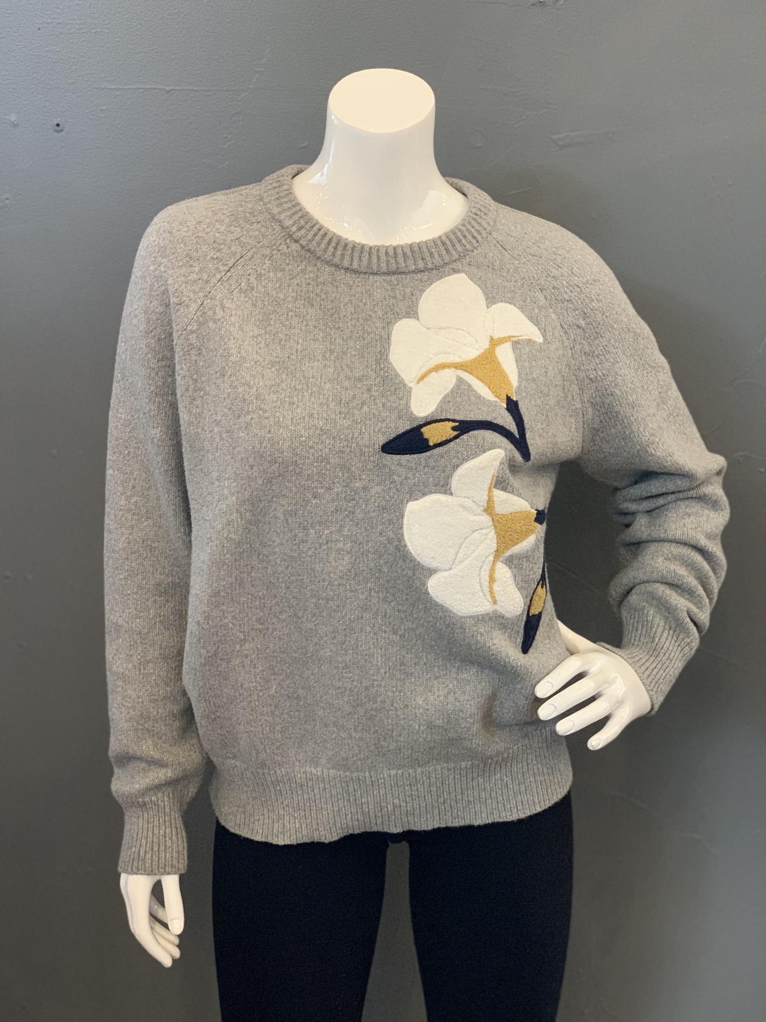 Brochu Walker Floral Knit, Grey, white, yellow. black<br /> Size: Small<br /> 75% cotton<br /> 25% polyester