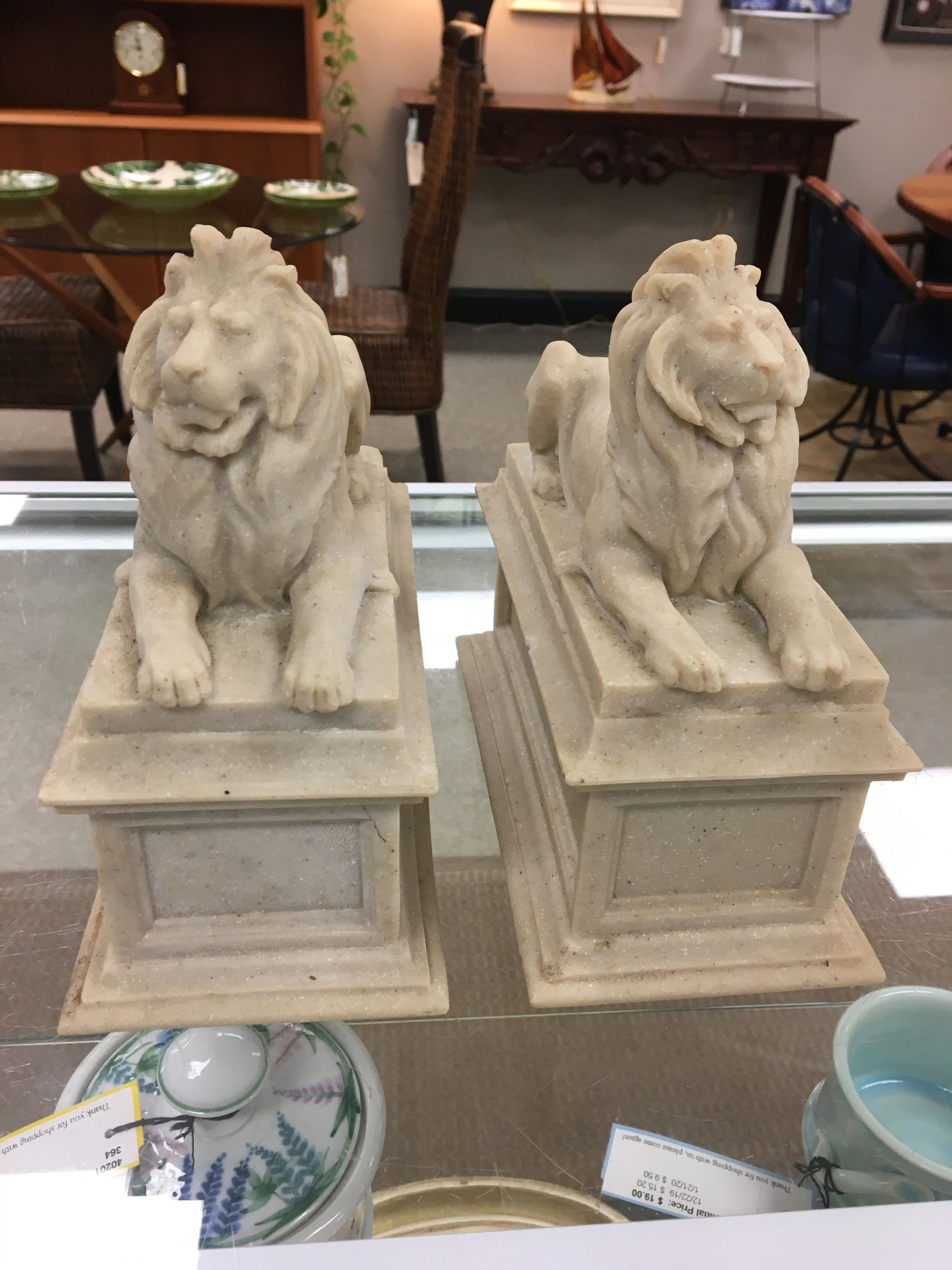 NY Library Lions In Grani, Beige, Size: 8x8 In