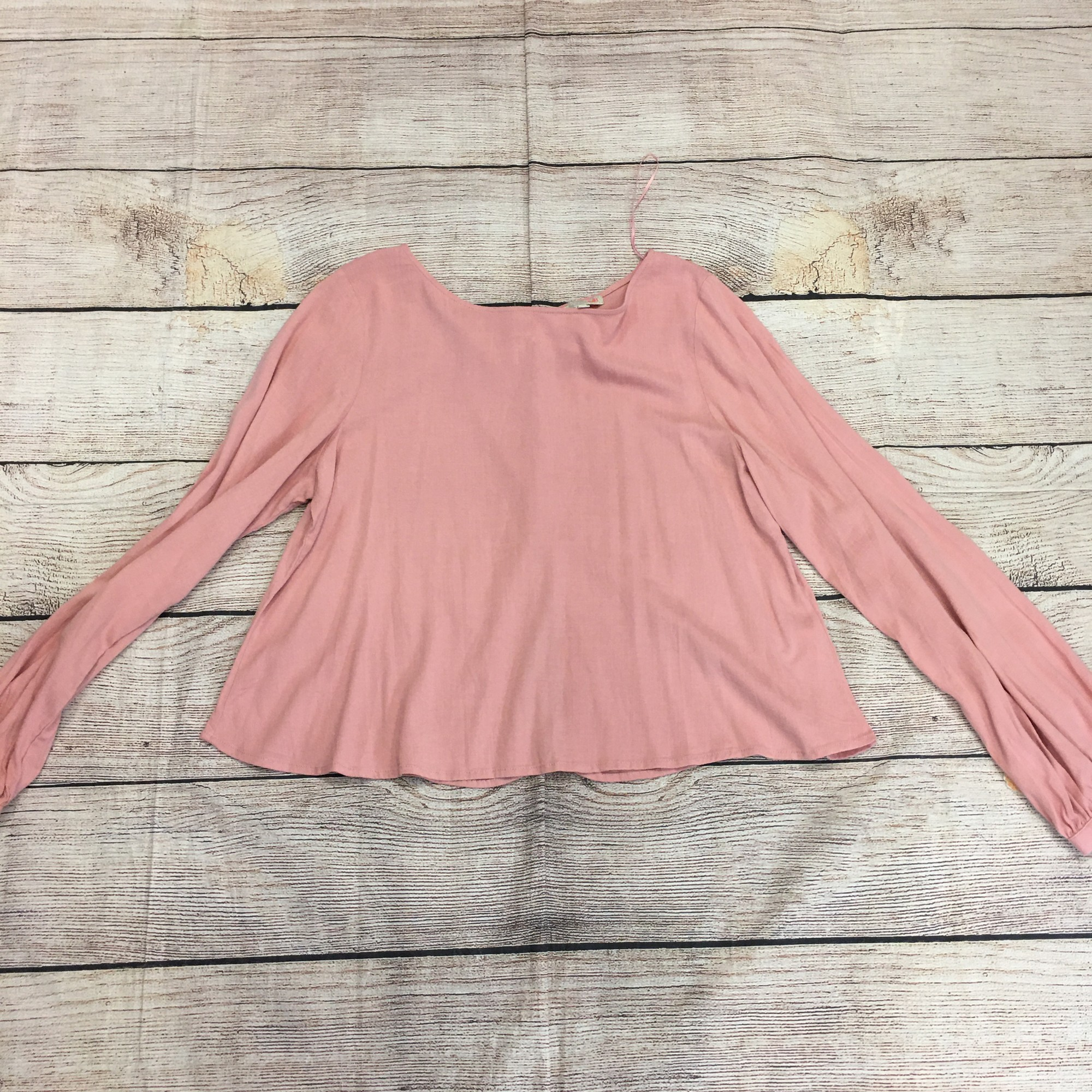 New pink GB top, size XL.  In great condition!