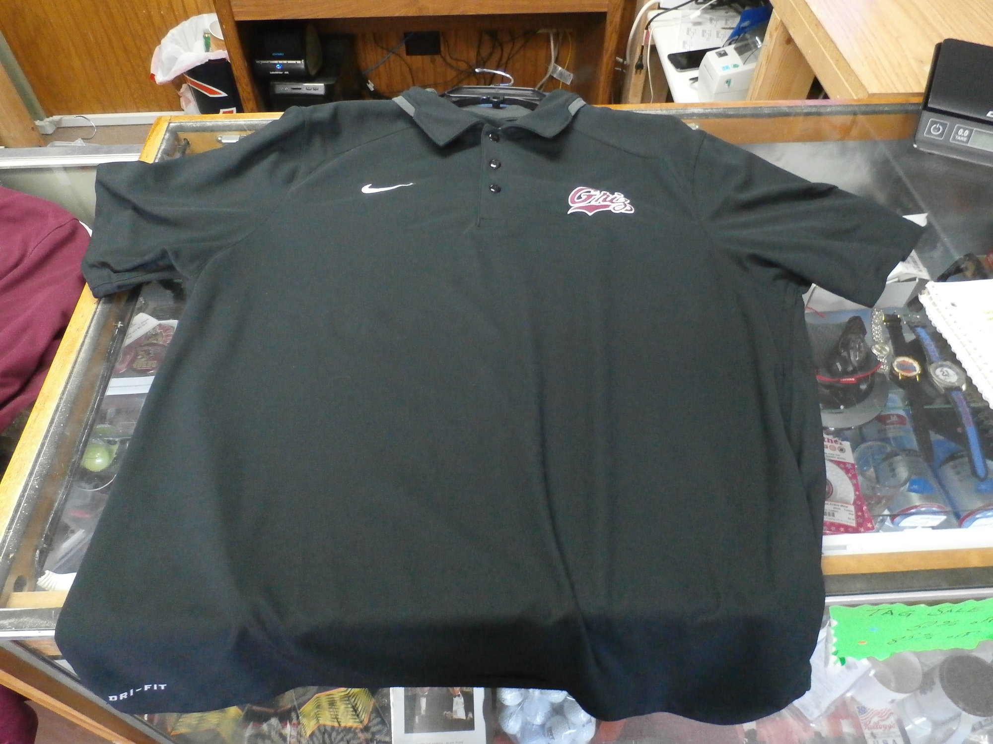 Montana Grizzlies Nike Dri-Fit polo shirt size L black 100% Polyester #21678