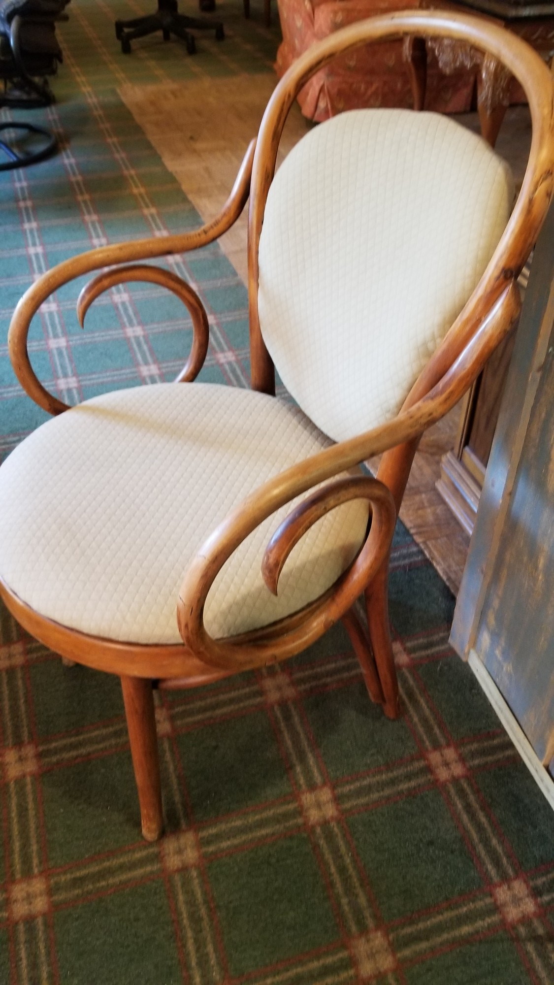 Bent Wood Chair, Size: 20x16x36