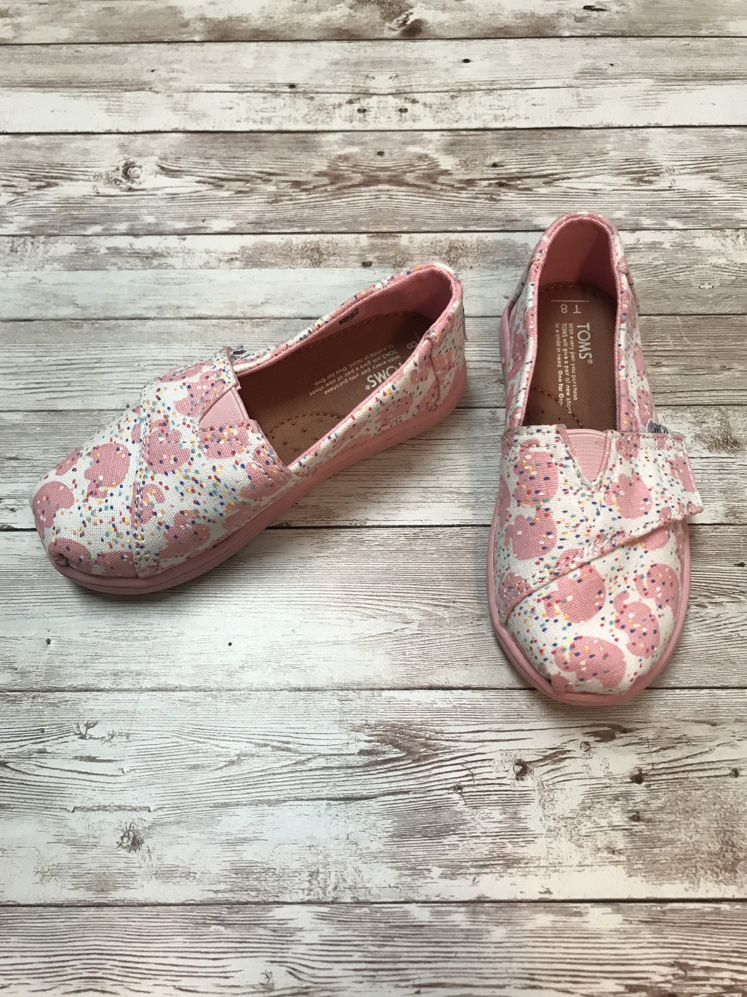 Toms print , Pink, Size: Shoes 8