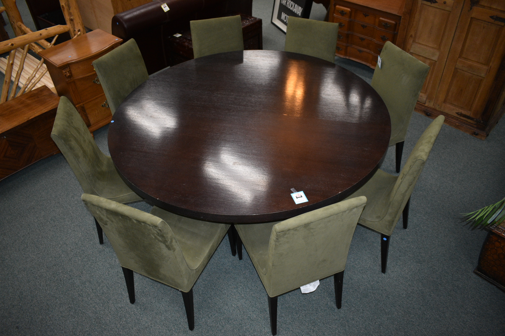 Round Table With A Pedestal Base. Fits 6 8 Chairs Comfortably. Minor Water